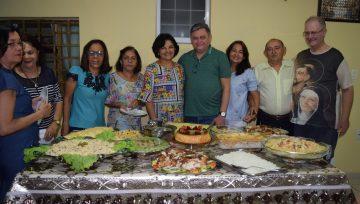 Paroquianos de São José Operário (PI) agradecem pe. Carlos Alberto pela dedicação como pároco