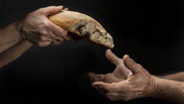 O Papa na mensagem para a Quaresma: cuidar de quem sofre por causa da Covid-19